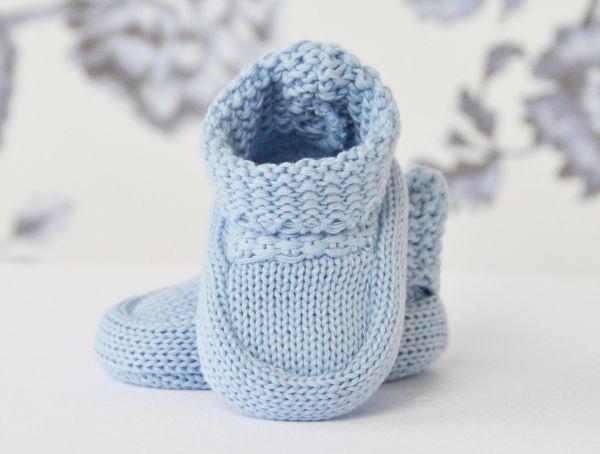 Taufschuhe in Hellblau gestrickt - Lilly Babyschuhe zur Taufe