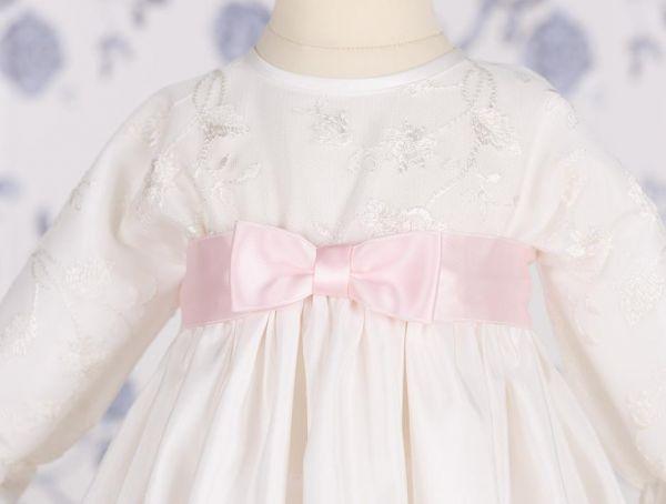 Süße Satin-Schleife in Rosa für Taufkleid von Mädchen - Lilly