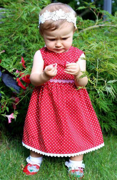 Baby Trachtenmode Dirndl - A Gwond vom Land